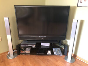 Moving sale: 56 inch Rear projection JVC