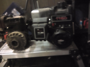 """""""2"""" briggs and Stratton side shaft engine's"""