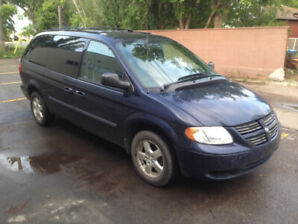 2005 Dodge Grand Caravan, Discounted to $2900. - 120,000 km