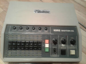 Korg Rhythm 55 (vintage drum machine 1979)