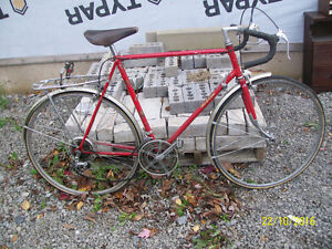 MENS RALEIGH ROAD BIKE