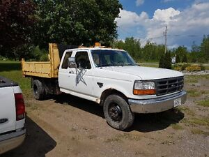 1995 Ford F-350 Dump box Pickup Truck