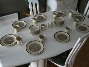 set vaisselle Northland Gres Stoneware 34 pieces