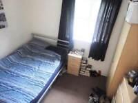 GREAT PRICE! Lovely medium double room, just 2 WEEKS DEPOSIT!