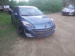 2010 Mazda3 2.5 L  GT Hatchback Sport  SUNROOF 127 km $7350
