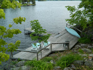 Secluded Lakefront Cottage on Stoney Lake