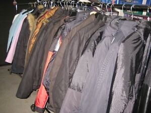garage sales sporting goods - clothing - leather jackets West Island Greater Montréal image 2