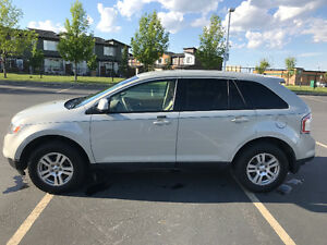 2007 Ford Edge SUV. VERY LOW KMS!!!
