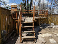 Wooden deck for free - ideal for above ground pool