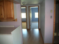 3 Bdrm,Can be shared by 3 tennants,6 min.to Kincardine