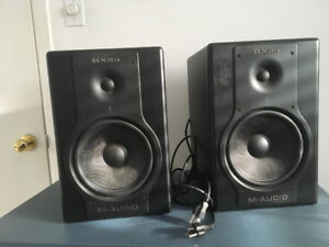 2 SPEAKERS -BX8a Studiophile Series bi-amplified studio monitors