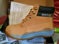 Regatta tan safety boots size 8