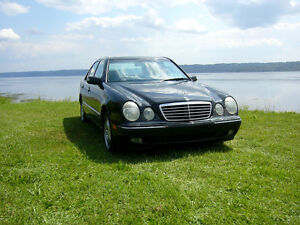2001 Mercedes-Benz 300-Series cuir Berline