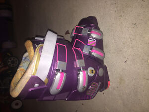 womens skis boots size 25.5