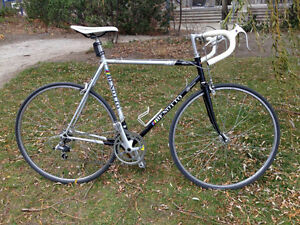 Vintage 1980' Benotto road bike in excellent cosmetic condition