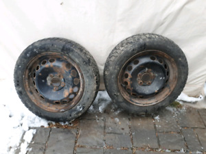2 x 205/55r16  Nordic Winter Goodyear (Usager)