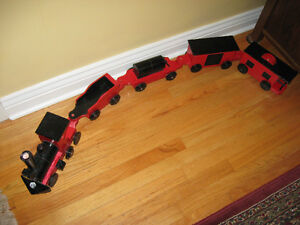 VINTAGE,  HAND MADE, WOOD TOY TRAIN