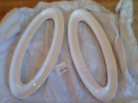 🌟 2 white ceramic Conran olive trays New