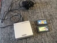 Nintendo game boy advance sp ,3 games & charger