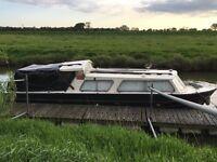 """27ft Dawncraft """"Sunseeker"""" boat project"""