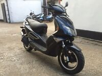 2014 Jonway Madness 125cc REG as 50cc learner legal scooter with MOT.