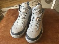 Nike air Jordan flights U.K. 7 grey good condition