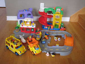 Lot de jouets Fischer Price Little People
