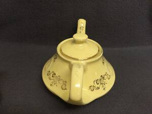 Collectible Antique Pearl China Co Lusterware Teapot London Ontario image 3