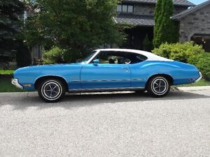 1972 Cutlass, Buckets & Console, Low Miles, Very Nice, Restored