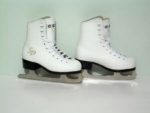 Little Girls CCM Jamie Salé Figure Skates - size 12