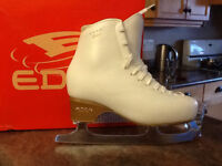 EDEA    size 6.5 white figure made in Italy