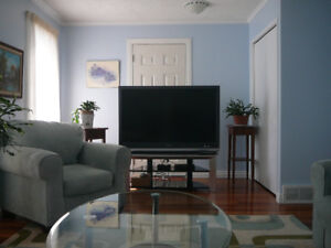 3 Bdrm Furnished Home in Strathcona Park, SW Calgary - for 1 Jan