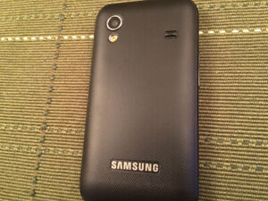Cell phone Samsung Galaxy Ace S5830D [ Locked to Koodo ]