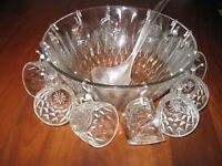 glass punch bowl with 12 cups-time for christmas punch