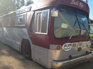 Like New 40 foot Diesel Pusher Motor home- Immaculate Condition!