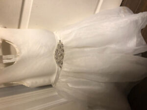 2 White Flower Girl or Communion Dresses Size 4 and 6