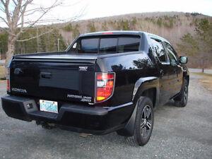 2012 Honda Ridgeline Sport package Pickup Truck