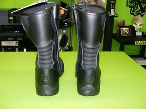 OXFORD - Waterproof Boots - Two Types - Various Sizes at RE-GEAR Kingston Kingston Area image 9