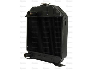 New Kubota Radiator 15221-72061 15221-72112 Fits L1500 L175