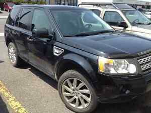 2011 Land Rover LR2 HSE with NAVI