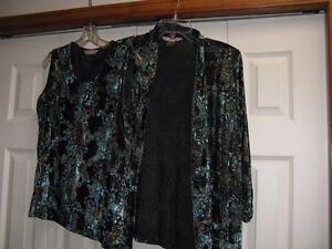 Ladies Christmas clothes--Christmas gifts or for yourself Prince George British Columbia image 3