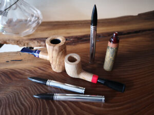 Olivewood, White Oak, and Cob Cigar Tobacco Pipe, Pipe tools