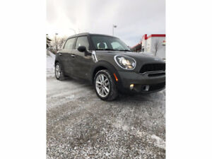 2014 MINI Cooper Countryman  **REDUCED**