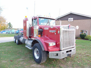 2001 KENWORTH T800 HIGH HOOD 6NZ CAT 46 REARS