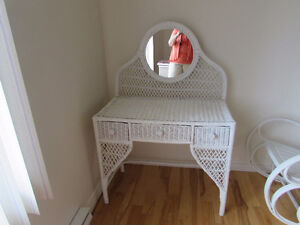 COIFFEUSE-COMMODE