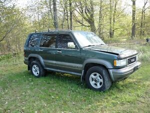 1996 Isuzu Trooper SUV, Crossover