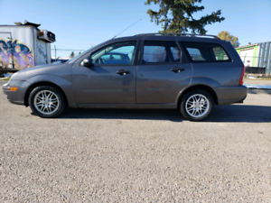 2005 ford focus wegon only $1999.99