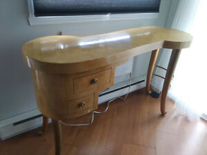 Art Deco style Console table in gold yellow colour