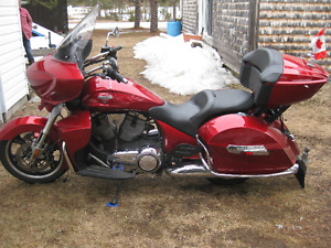 2013 victory cross country tour. need gone!