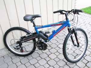 CCM XR4 Mountain Bike - 24 Inch wheels